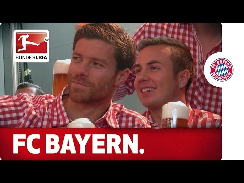 Xabi Alonso and FC Bayern in Lederhosen