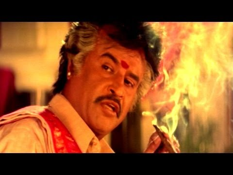 Pedarayudu Movie || Rajnikanth Introduction Scene || Mohan Babu,soundarya video