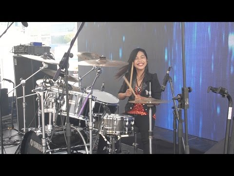 Gamma1 jomblo happy live drum cover by nur amira syahira for Floor 88 zalikha