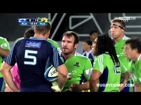 Ma'a Nonu yellow carded for shoulder charge on Piri Weepu |Super Rugby Video