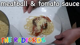Cooking on a budget   Meatballs with Pepper and tomato sauce