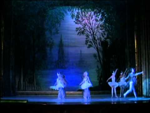 State Ballet Theatre of Russia Presents Swan Lake at The Morris Performing Arts Center