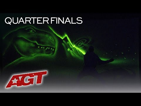 Light Artist Alex Dowis Paints Inspirational Story In COMPLETE DARKNESS! - America's Got Talent 2019