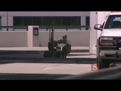 Suspicious Package Shuts Down Part Of Nashville International Airport