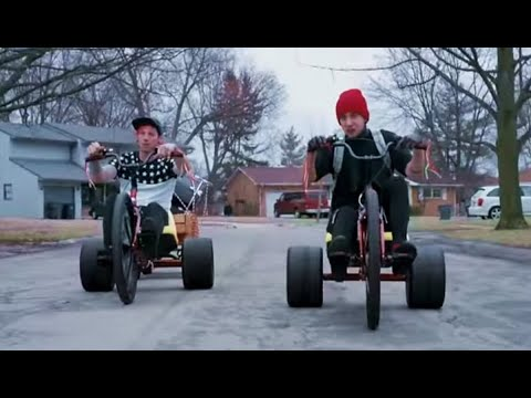 21 Pilots :Wake up you need to make money!! 2015 acoustic Xmas @Forum Los Angeles ca