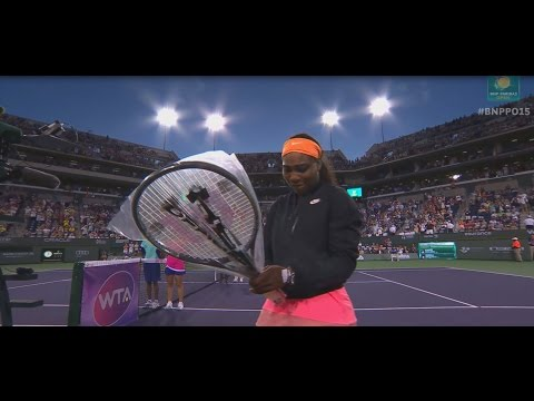 2015 Serena Williams Walks On To Standing Ovation
