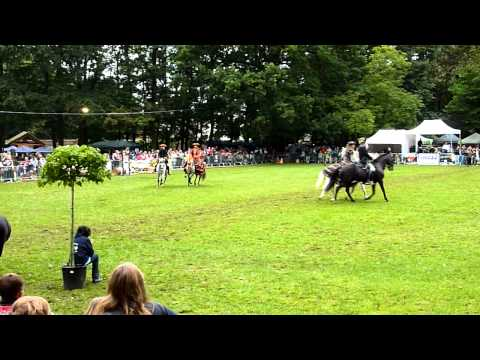 Journées du cheval - Cheneau - Takirou Poney Club - 11-09-2011 Part 1.avi