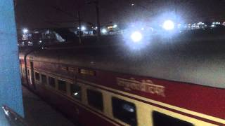 AN OLD VIDEO : NEW DELHI - JAMMU TAWI RAJDHANI SETS OFF WITH LDH WDM 3A
