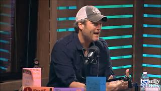 Blake Shelton Talks to NASH FM About Life with Gwen Stefani