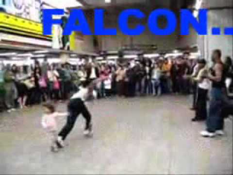 Kushboo Speaks Hindi, Tamil, Telugu, Marathi,and English video