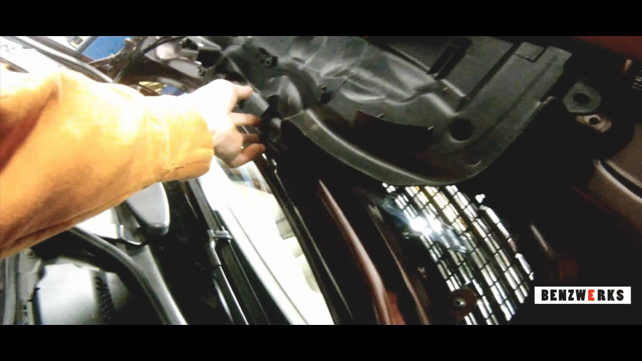 Benzwerks windshield washer nozzles removal youtube for Mercedes benz glk350 windshield replacement