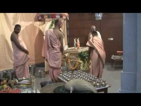 Visite Au Temple Krishna Lila video