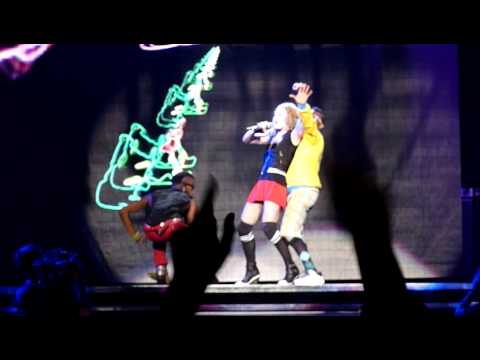 Madonna Holiday and Dress You Up Live at the O2 Arena London July 4, 2009 HQ
