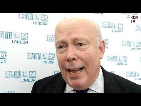 Julian Fellowes Defends Controversial 'Downton Abbey' Scene