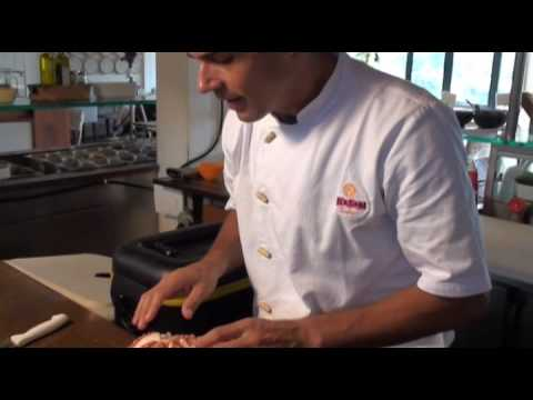 Culinária Japonesa - Aprenda como fazer sashimi de polvo bem macio