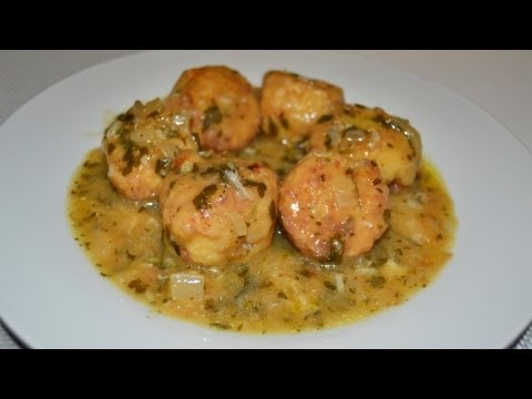 Albóndigas de Merluza en Salsa Verde | Receta de pescado