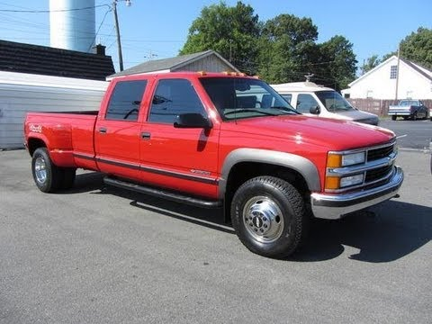 1998 Chevrolet Silverado 3500 Dually 454 Start Up. Exhaust. and In Depth Tour