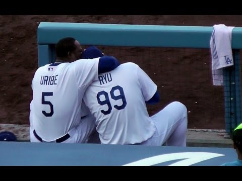 Hyun-jin Ryu 류현진 & Juan Uribe Still Best Friends 7-13-2013 at Dodger Stadium