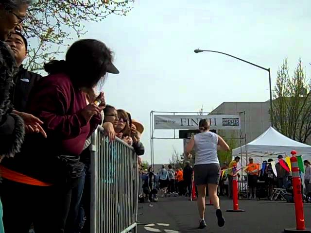 Modesto Marathon Finish.MP4