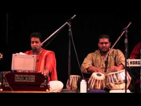 Chahunga Main Tujhe - Pundit Munelal Maharaj