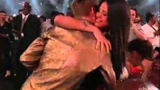 Justin Bieber and Selena Gomez Kiss at the Billboards 2011
