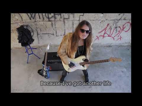RockMilady - Legyél Az áldozatom! (Be My Victim!) Official Video