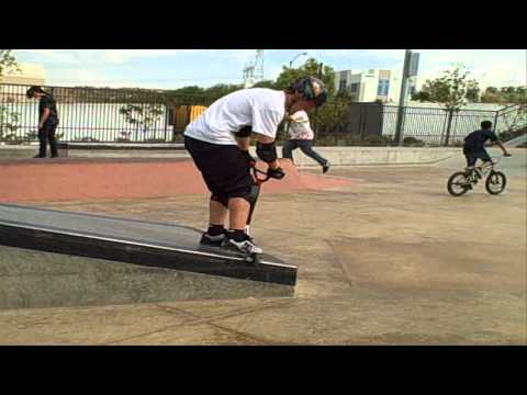 Dakota Schuetz killin it at SCV skate park on 11-6-10 he was really busting out some hugh bangers flips whip twists and just about ever thing u can do is in ...