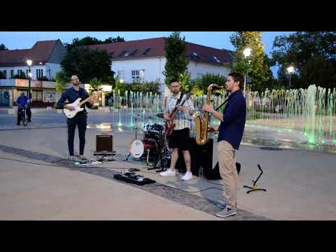 A Geometro zenekar teremtett kellemes hangulatot péntek este a Béke téren