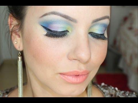Maquiagem Colorida e Brilhante para arrasar no Carnaval