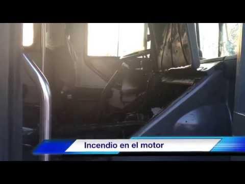 Incendio de camión foráneo en carretera Chapala