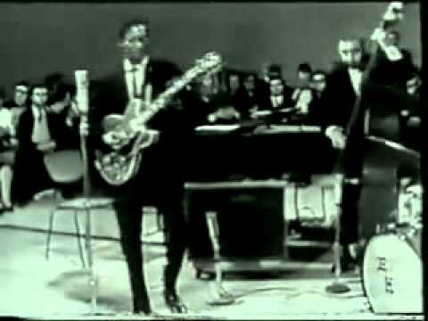 Chuck Berry - Johnny B Goode Live