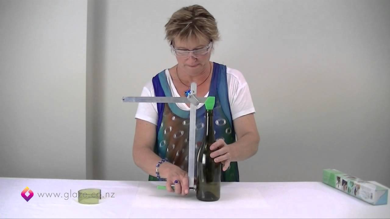 Glass bottle cutter how to cut glass bottles part 1 for How to cut a bottle to make a glass