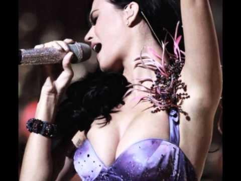 Katy Perry boobs thumbnail