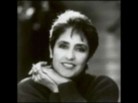 Joan Baez, it`s all over now baby blue