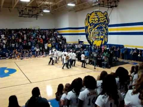Chapel Hill High School Drum Line Pep Rally Performance 111911