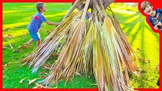 Building Primitive Hut - Pretend Play for Kids