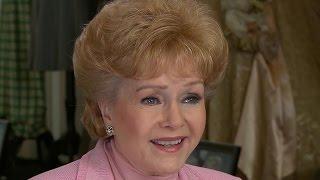 Debbie Reynolds, Carrie Fisher's mother, dead at 84