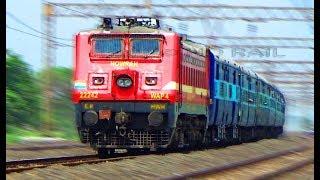 Superfast express train belonging to Indian Railways/12370Kumbha Express