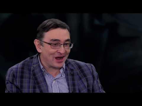 """Тимур Шаов в программе """"Час Интервью""""."""