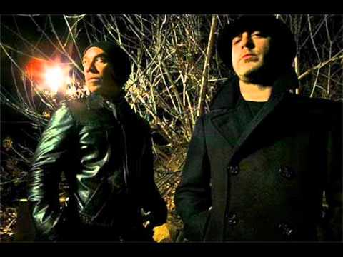 She Wants Revenge - She Loves Me, She Loves Me Not