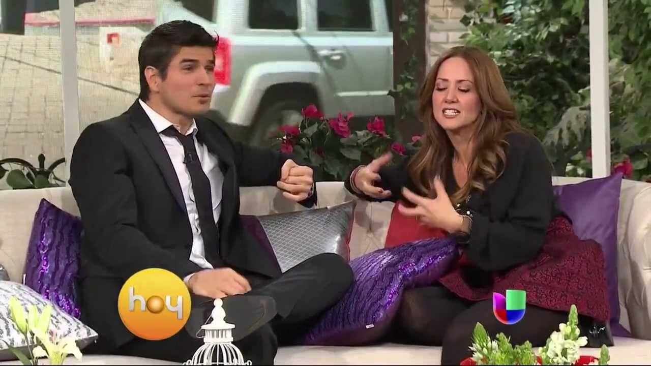 HOY le está buscando novia a Daniel Arenas - YouTube