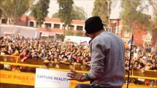 """""""Bohemia show flops with no fans"""" according to HTCity news"""