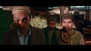 Diana Penty forced to shut her mouth | Happy Bhag Jayegi | Movie Scene