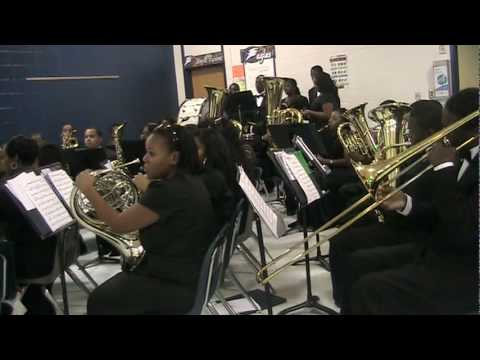 North Clayton High School Symphonic Band - Christmas Au Lang Syne