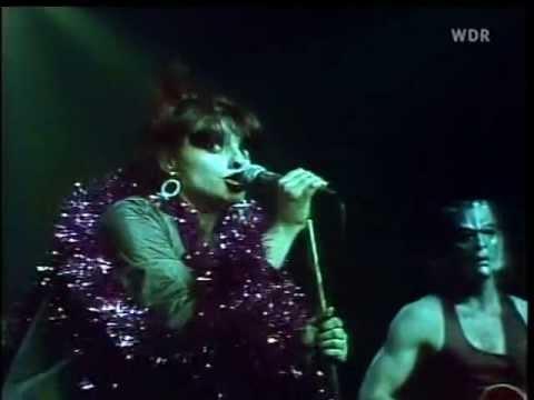 """NINA HAGEN - Auf´m Friedhof """"Live"""" 1978"""