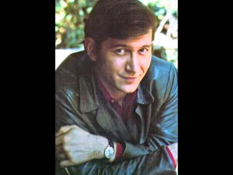 Phil Ochs - The Ballad Of The Carpenter