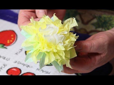 Как украсить стол из бумажных салфеток своими