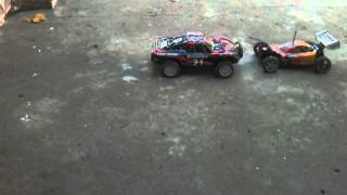RC 1/10 buggy vs short course