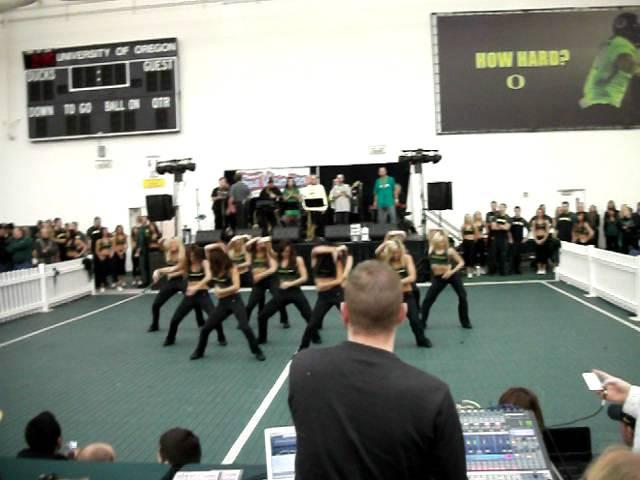 UOregon Cheer 11/19/2011