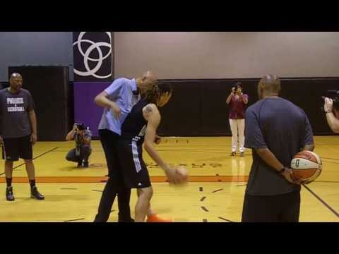 Griner goes 1-on-1 with Kareem Abdul Jabbar